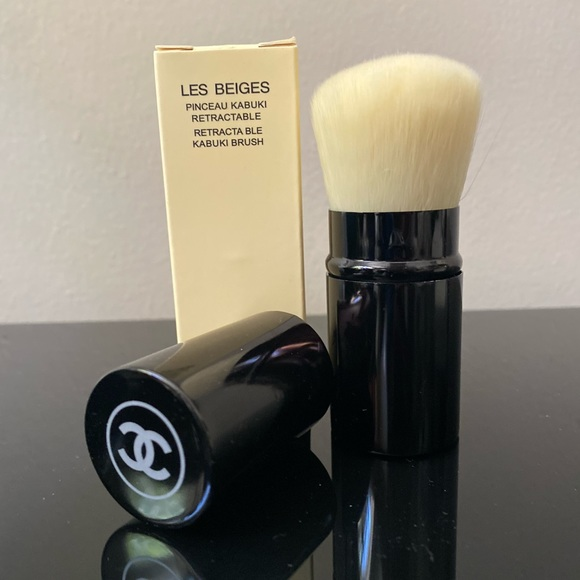 CHANEL Other - Chanel Retractable Kabuki Brush